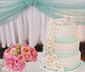 Mint Sugar Flower Cake