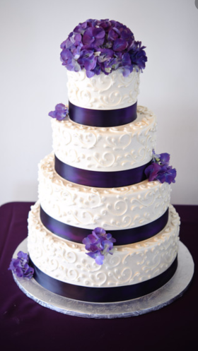 Purple Hydrangea Flower Wedding Cake