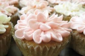 Bridal Shower Flower Cupcake