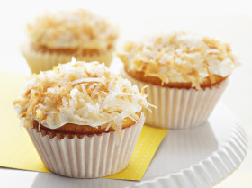 Roasted Coconut Cupcake