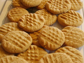 Traditional Peanut Butter Cookie