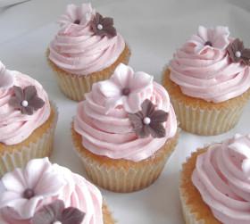 Light Pink Wedding Cupcakes